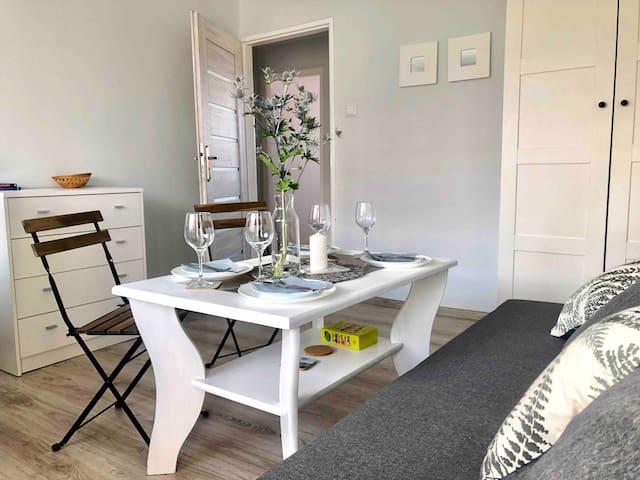 NICE Apartm Brzeźno- BEACH 200m (3 rooms/4-6 pers)