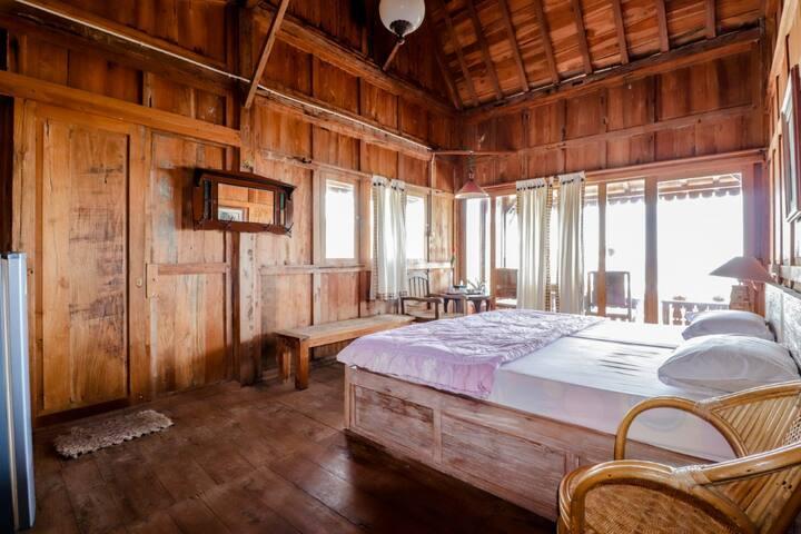 Cozy Kampong Suite at Adinda Beach Hotel and Villa