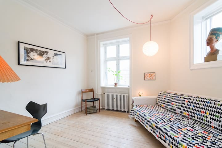 Charming, cozy & VERY central apartment