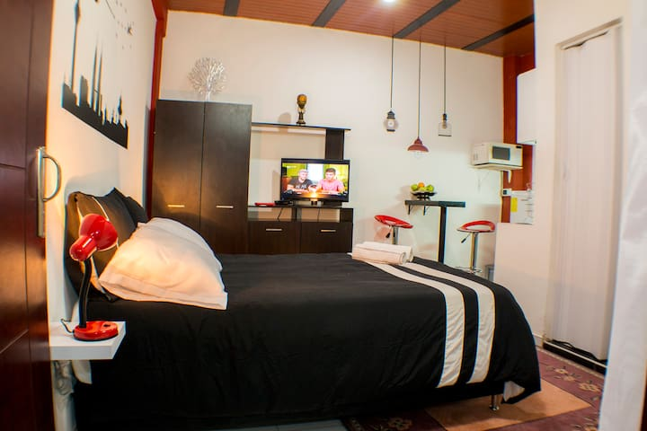¡NEW! Private Apto ROOM & BATH & KITCHEN near all. - Bogotá - Daire