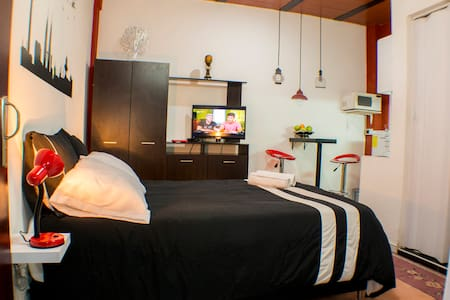¡NEW! Private Apto ROOM & BATH & KITCHEN near all. - Bogotá - Appartement