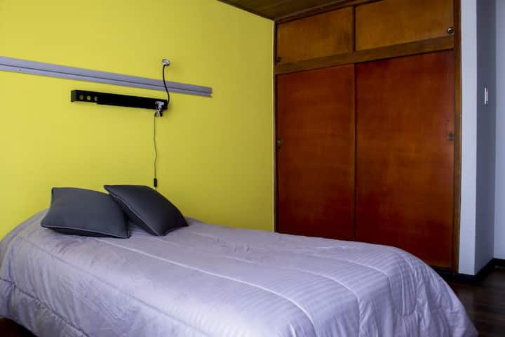 Habitación privada, excelente ubicación en Bogotá