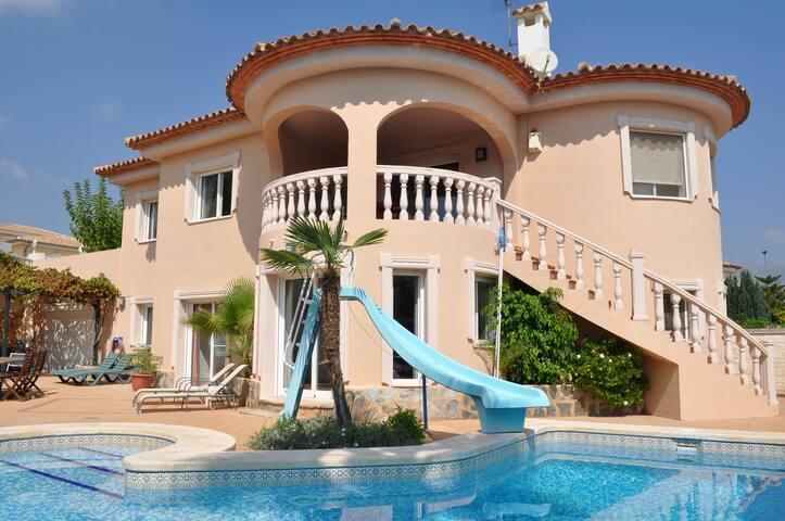 Villa met privé zwembad en jacuzzi - Altea - Villa