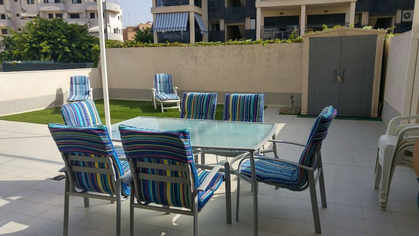 Apartamento en la playa con terraza - Canet d'en Berenguer - Condominio