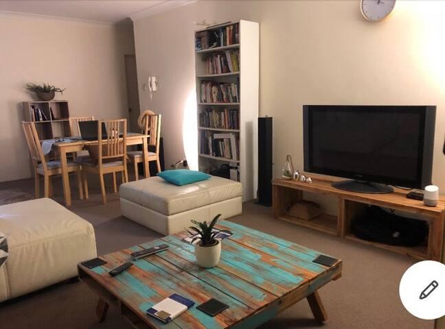 Medium bedroom in a Charming flat <3