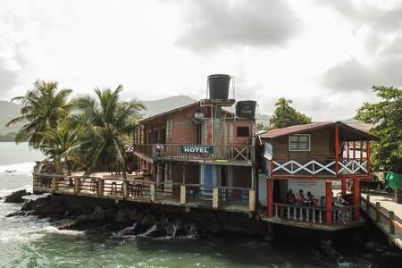 Hotel & Hostel KATAMARAN de Capurganá. Hab. 1