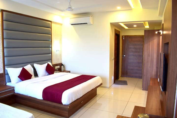 Deluxe AC Rooms at Iskon Ahmedabad