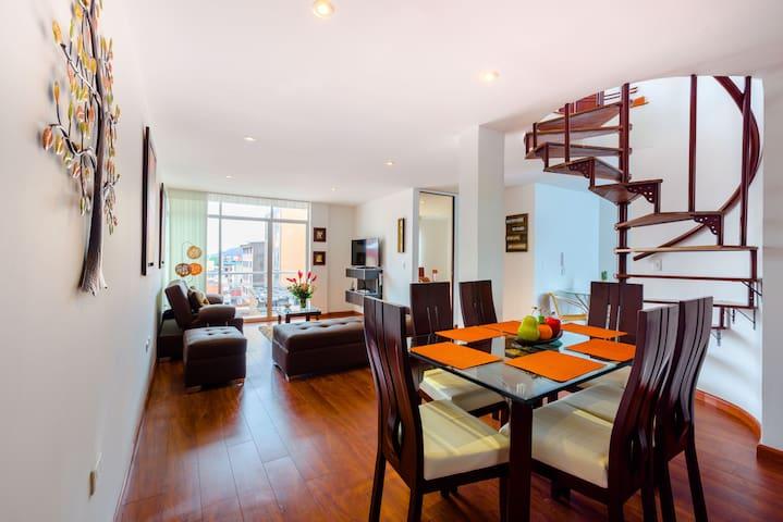 Beautiful Duplex Penthouse - La Macarena!