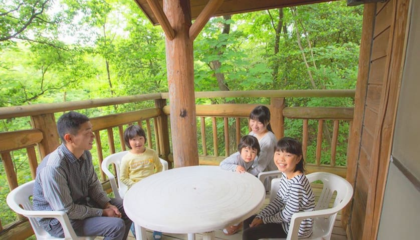 40 minutes by car from Toyama station and 30 minutes from Toyama Airport! Enjoy private cottages!【6人棟】