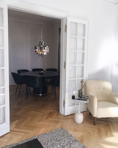 Big beauty flat in Frederiksberg, 5min from center