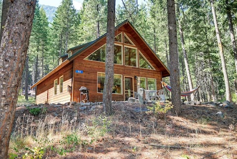 ★ Peaceful Forest Cabin ★ near Mazama/Winthrop