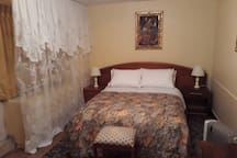 GUEST HOUSE COLONIAL STYLE