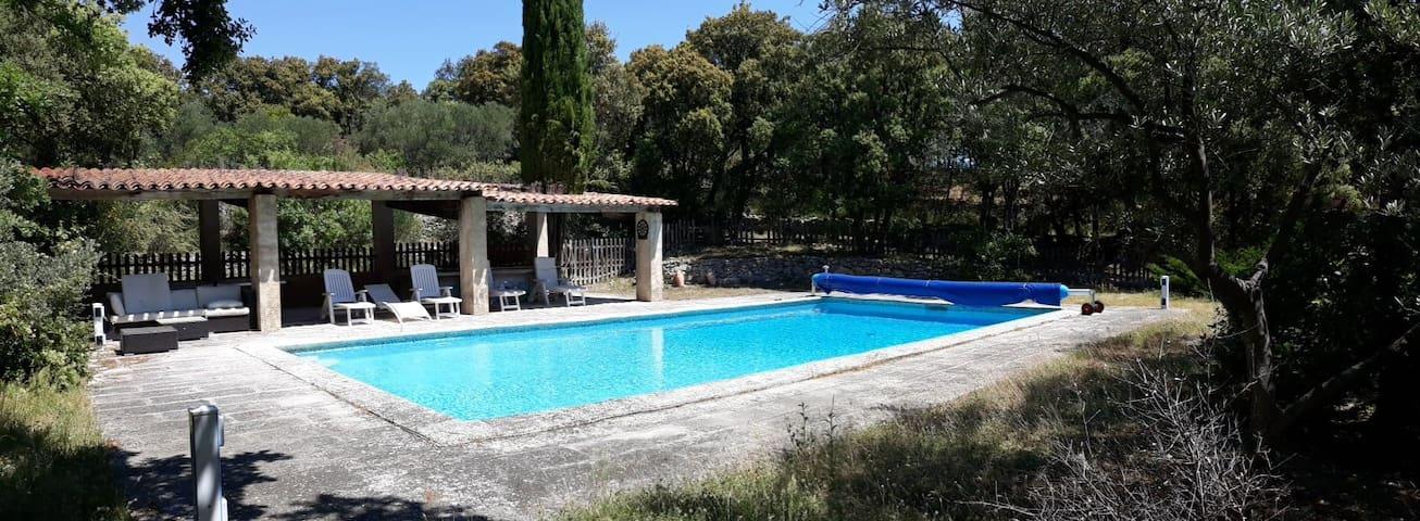 Passe Vent - Maison familiale avec piscine