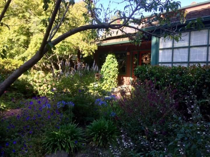 5 bed/3.5 bath Quiet home near Stanford