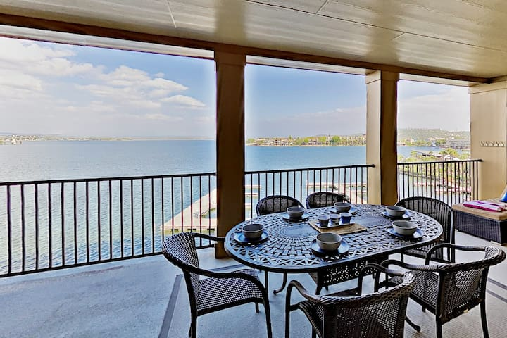 Lake-View Condo with Alfresco Dining at The Waters