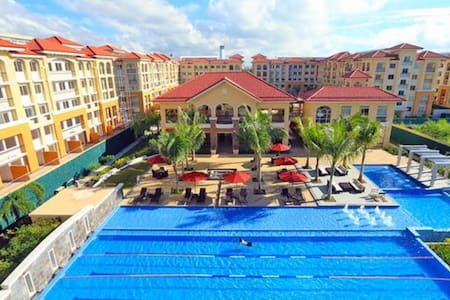 Condominium with 5-Star Amenities - Apartamento