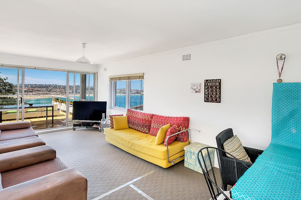 Large living area over looking Bondi Beach and the ocean.