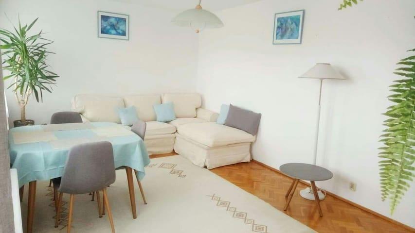 Słoneczny apartament 90m2 w Jeleniej Górze