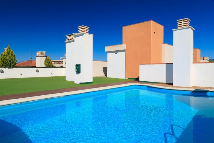 FANTASTIC APARTMENT HIGH STANDING VERY CLOSE TO PORT AND BEACH OF SALOU S206-295 SOL I MAR