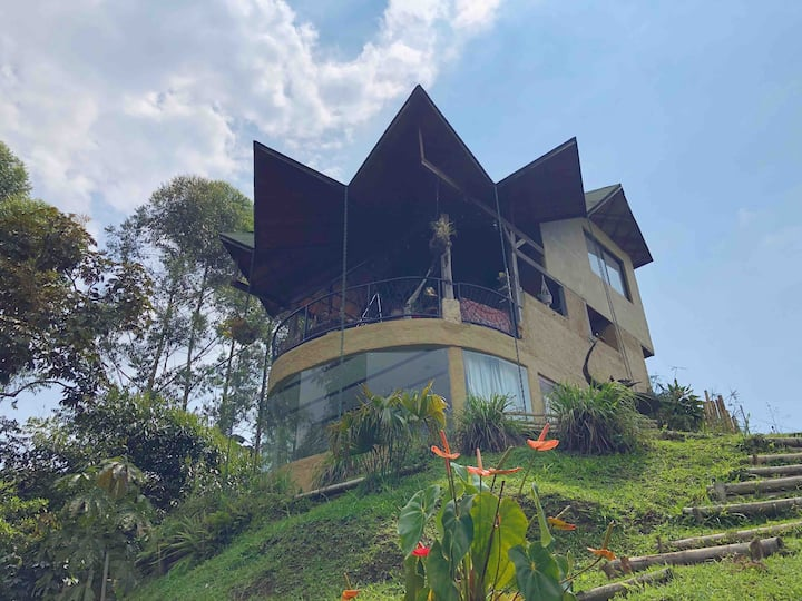 Ecolodge in the Heart of the Coffee Region