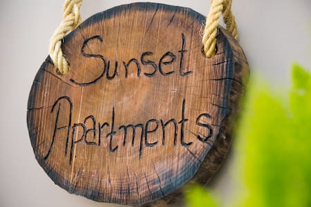 Sunset Apartments near the airport - Artemis - Bed & Breakfast