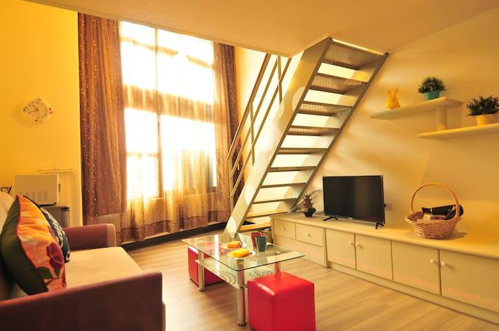 MRT Xinpu STN Loft Suite II 鄰近MRT新埔站 挑高套房 乾淨整潔舒適!