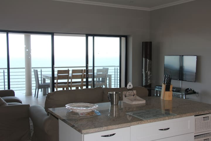 Penthouse Apartment, with amazing sea views - Dolphin Coast - Appartement