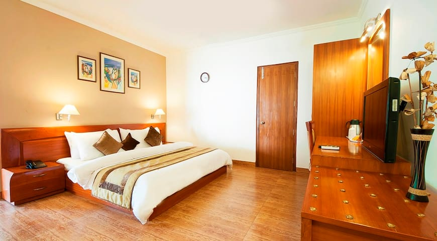 AapnoGhar Resort Gurgaon - Gurgaon - Bed & Breakfast