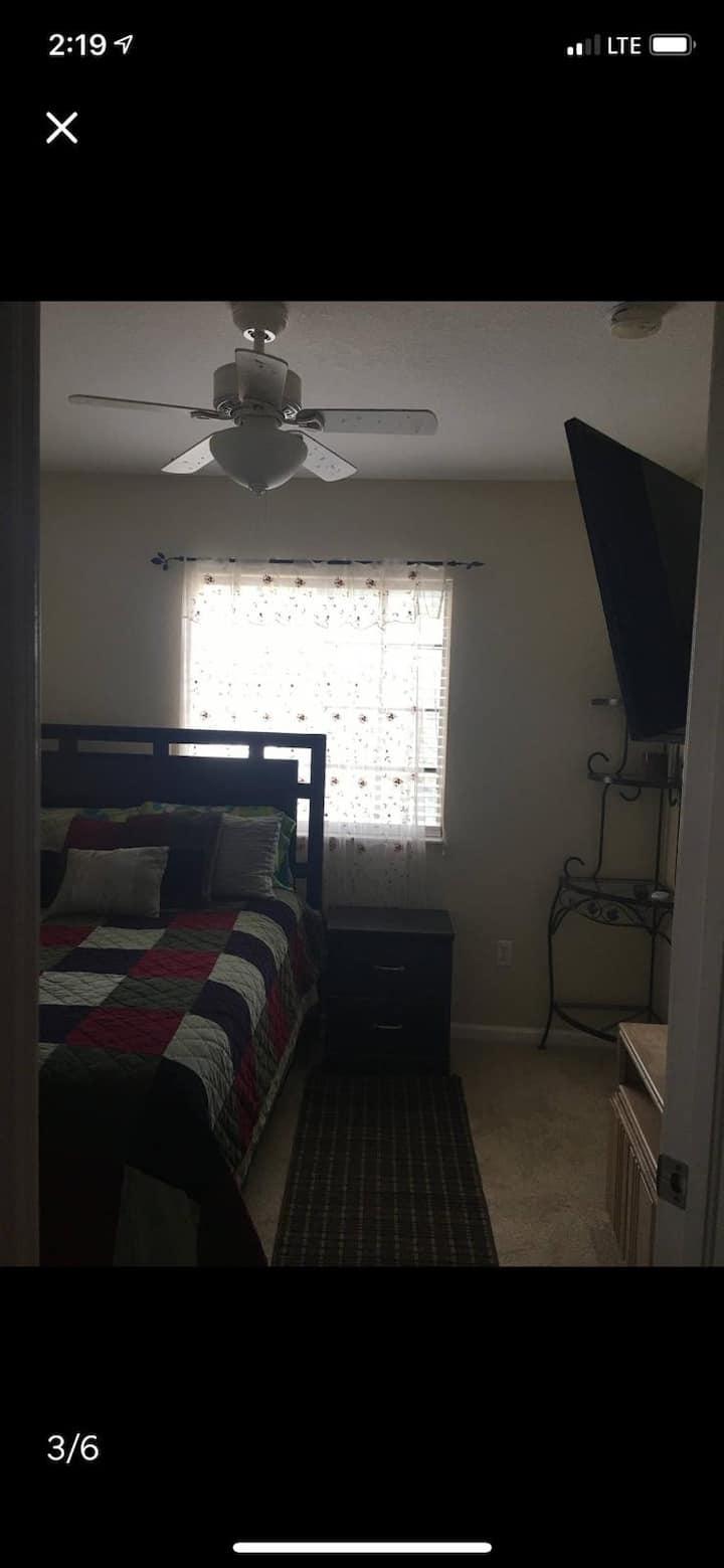 Full bedroom in modern townhouse!