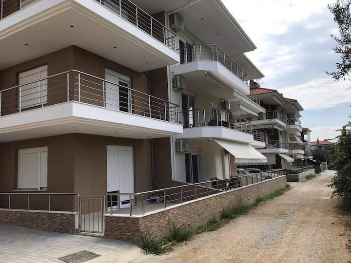 LS Apartments Paralia Ofriniou