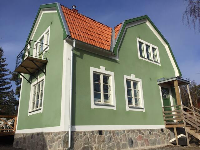 Nyrenoverad villa