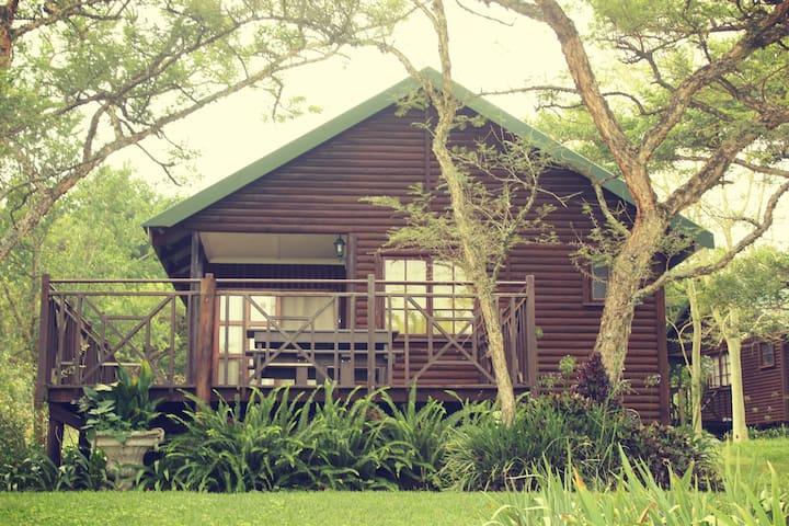Acacia Bush Lodge 3 Sleeper Self- Catering Cabins
