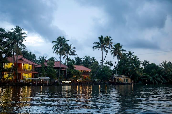 Lake paradise village
