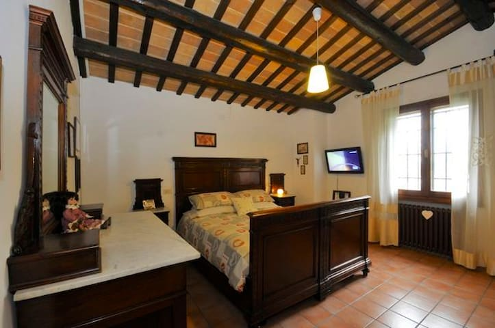 Master bedroom in Villa + breakfast