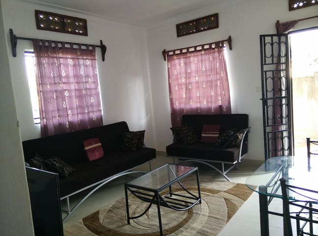 Private Secure 2BR Home near Kampala City Centre - กัมปาลา