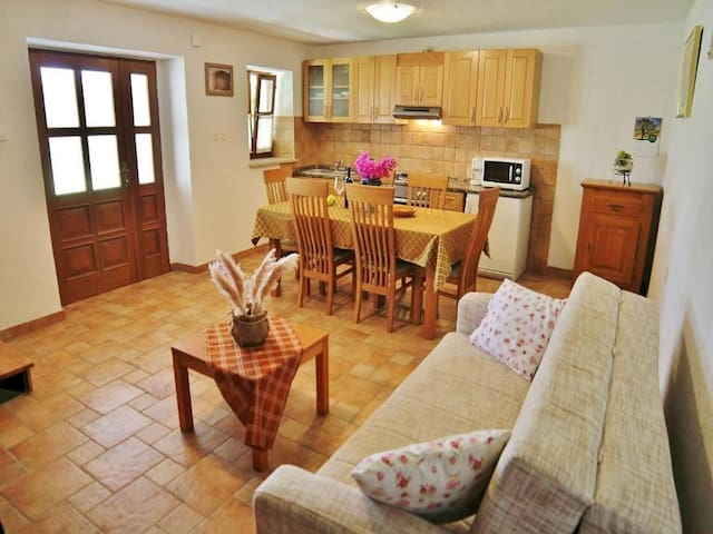 Holiday Homes Ana & Maria / Sweet Home Ana for 3 persons