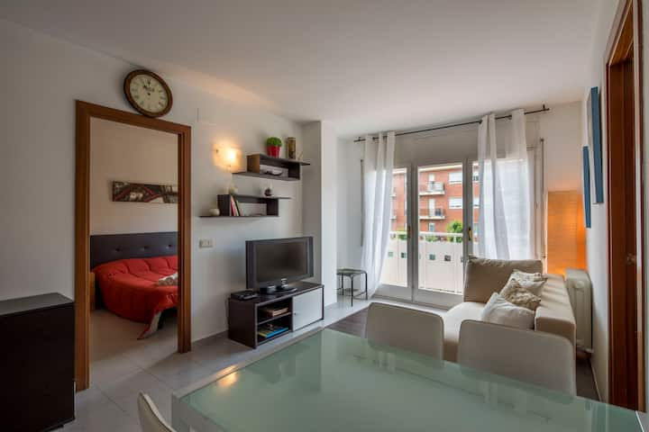 Two-bedroom apartment - Girona