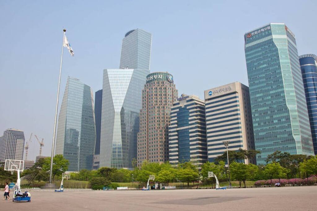 Yeouido's glittering high rises that comprise Seoul's most iconic skyline.