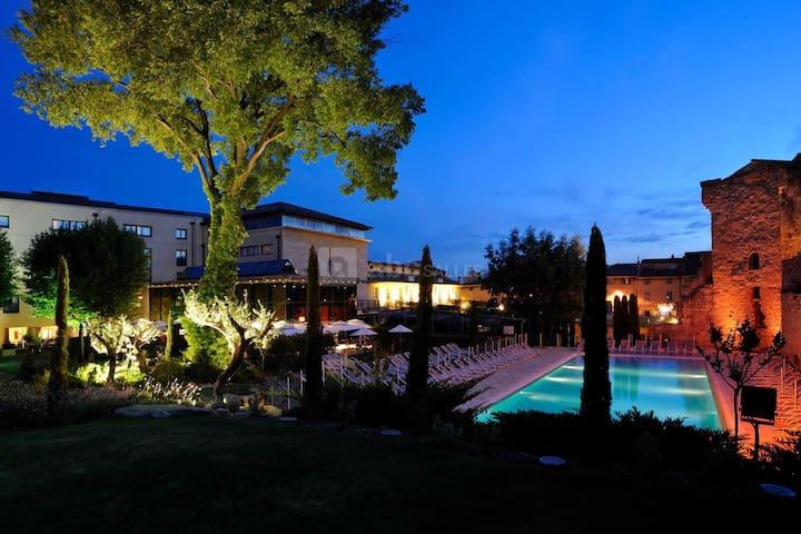 Aquabella Hotel & Spa - Twin Room