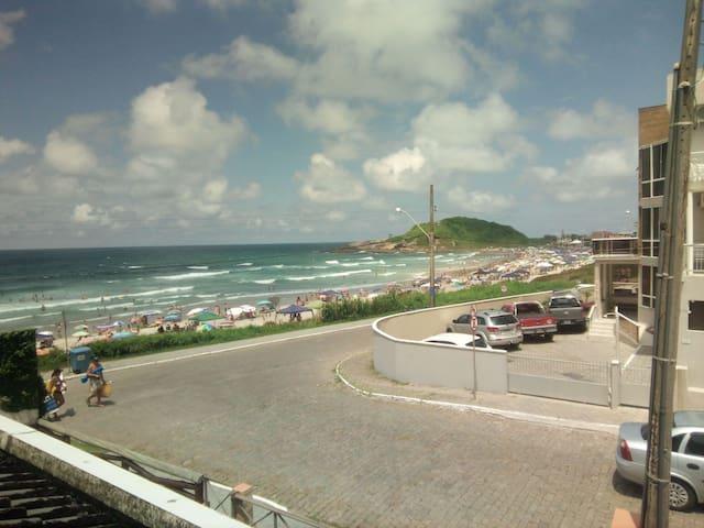 Pé na areia! Casa a Beira-Mar na Prainha - SFS
