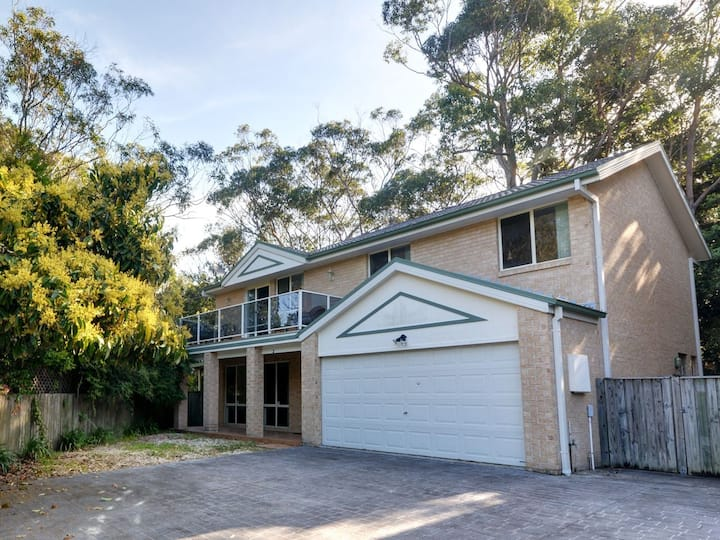 Four Bedroom Quality Townhouse