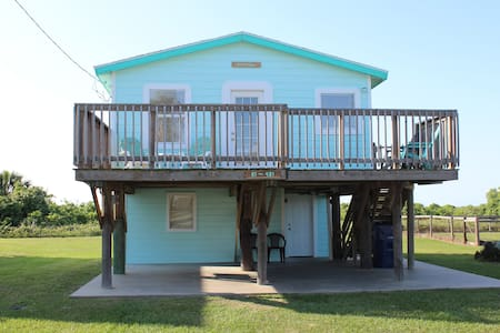 Beach is Open! Cool Beach House w/ Great Gulf View