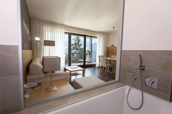 Apartment Aurum con vista panoramica su Merano - Lagundo - Wohnung