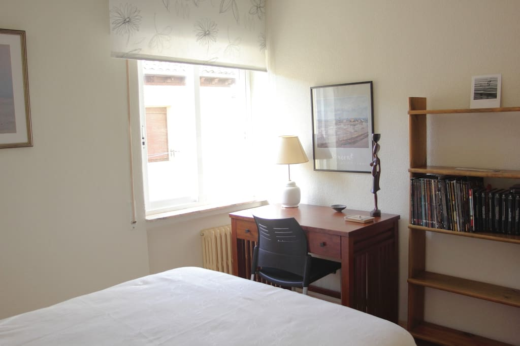 Dormitorio grande 1
