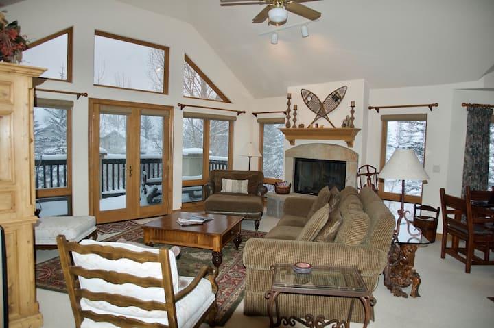 Virtual Ski In/Out  Beaver Creek  Resort Home