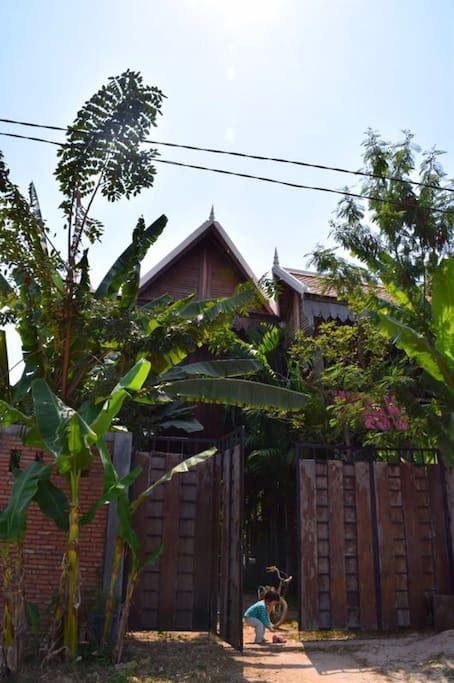 The Wooden Natural Homestay Houses For Rent In Krong