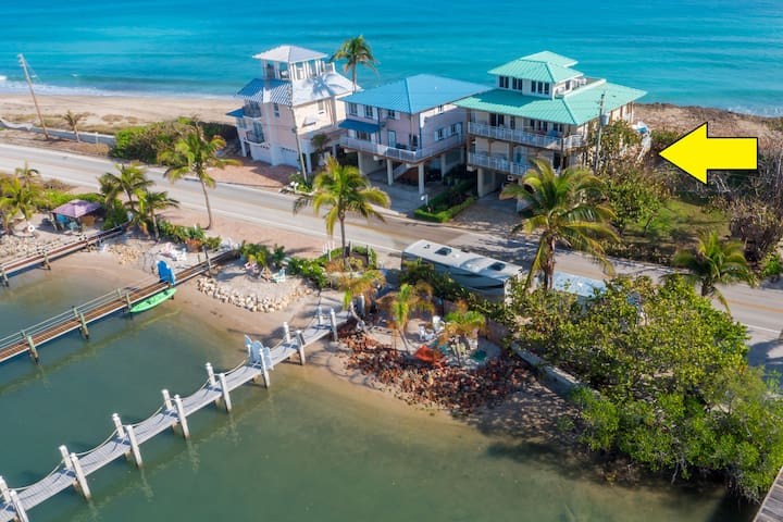 Carpe Diem:  SE Florida Beach house ON the Beach - Stuart - Ev