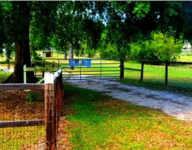 Beautiful, Country View, Vacation Destination home