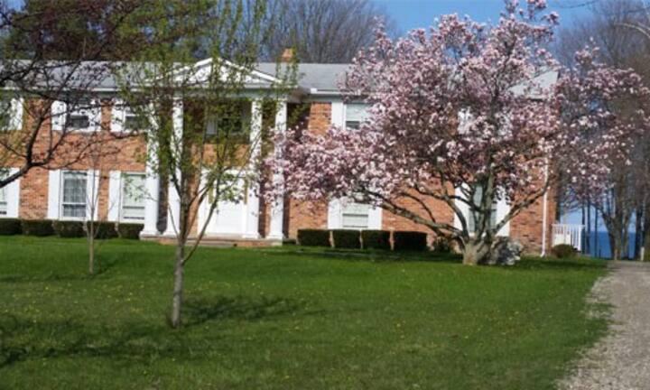 The Beachcomber Lexington - Georgian House
