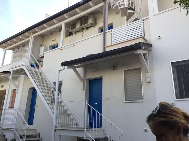 Appartamento difronte al mare